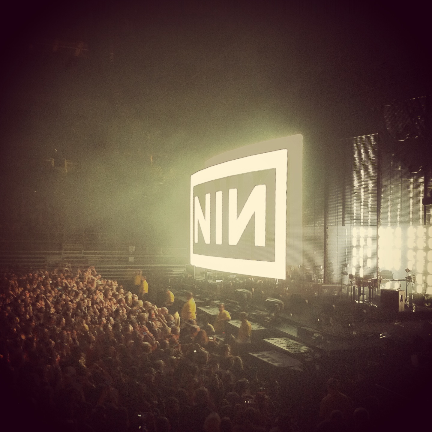 Concert Review: 10/08/2013 Nine Inch Nails – Petersen Events Center ...