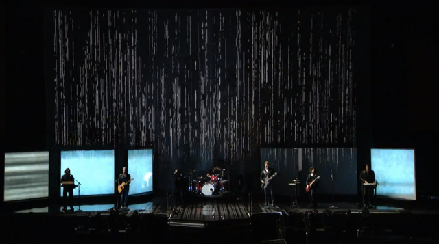 Nine Inch Nails Queen of the Stoneage Lindsey Buckingham Dave Grohl Grammy 2014